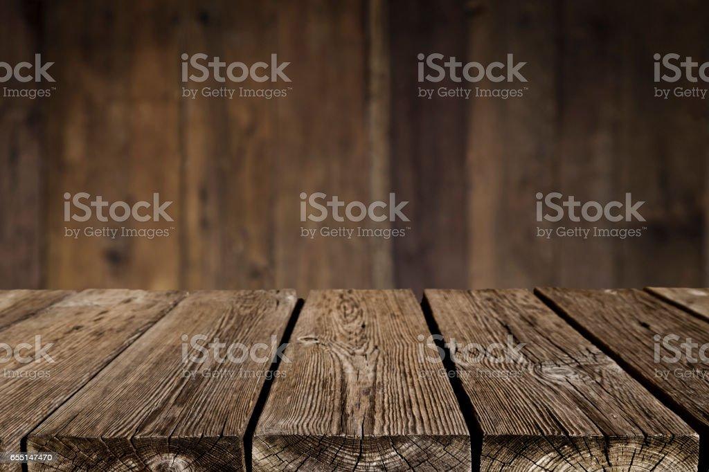 Tomma trä bord med mörka vertikala bordsbakgrund bildbanksfoto