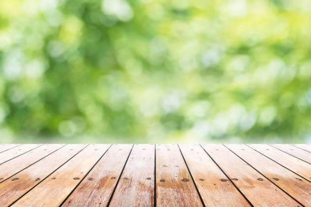 Best Picnic Table Stock Photos, Pictures & Royalty-Free ...