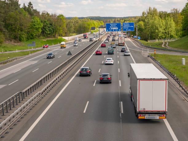 Ende des Staus auf deutscher Autobahn – Foto