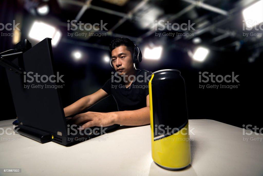 Energy-Drink für eSport Spieler – Foto