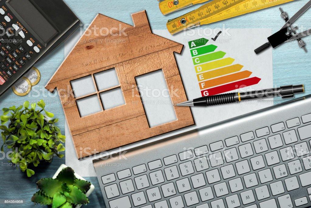 Energieeffizienzklasse - Holzhaus-Modell – Foto