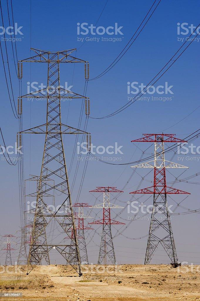 Energia, potenza del Qatar del deserto foto stock royalty-free