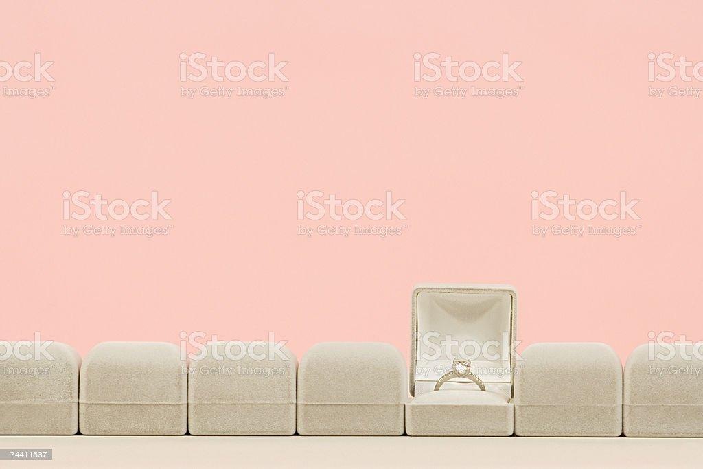 Anello di fidanzamento - foto stock