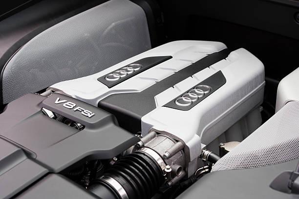 Cтоковое фото V8 двигатель FSI на Audi суперкар