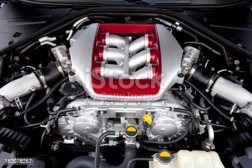 istock Engine. 182078257