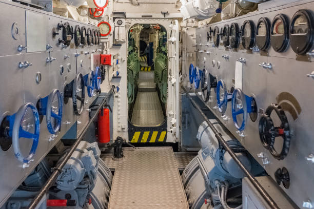 engine room of the ship - u boote stock-fotos und bilder