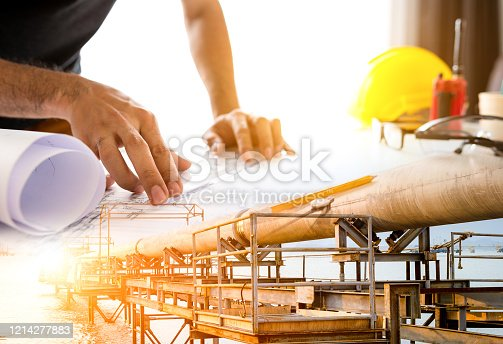 The engineer is designing of Laying natural gas pipelines into the sea
