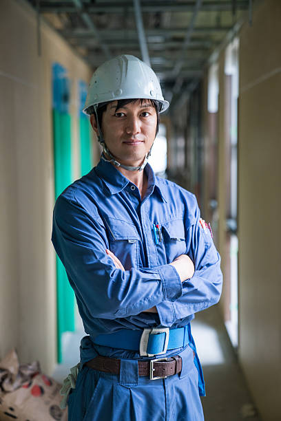 エンジニアまたは検査担当者にビルビュー建設現場 - 建設作業員 ストックフォトと画像