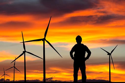 Ingenieur Wind Farm Stockfoto und mehr Bilder von Abenddämmerung
