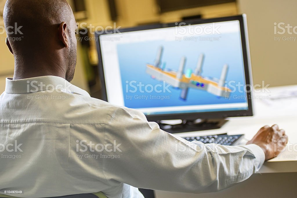 Ingenieur Arbeiten am Computer - Lizenzfrei Afrikanischer Abstammung Stock-Foto