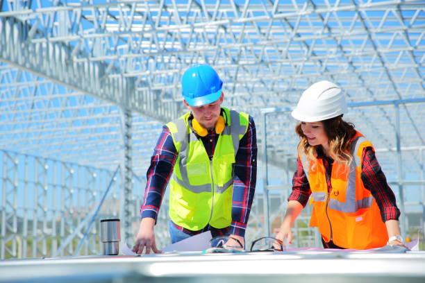 Ingenieure bei der Arbeit – Foto
