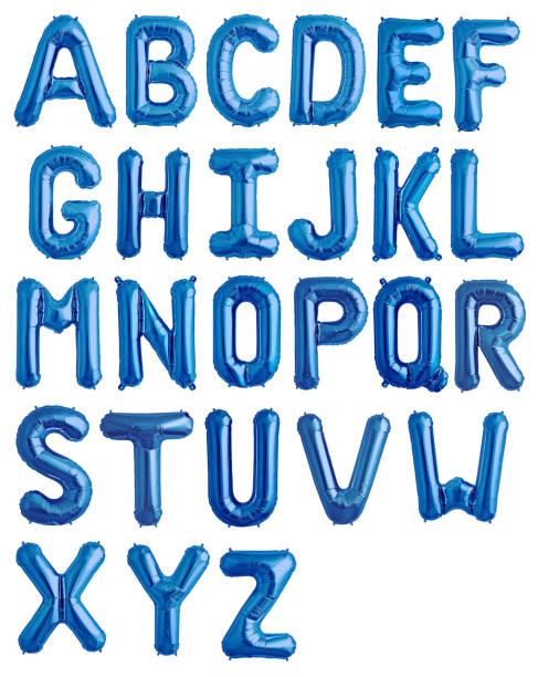 Englisches Alphabet aus blau glänzenden Luftballons – Foto