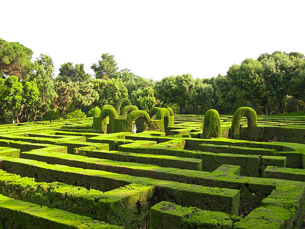english labyrinth - garten ideen wege stock-fotos und bilder