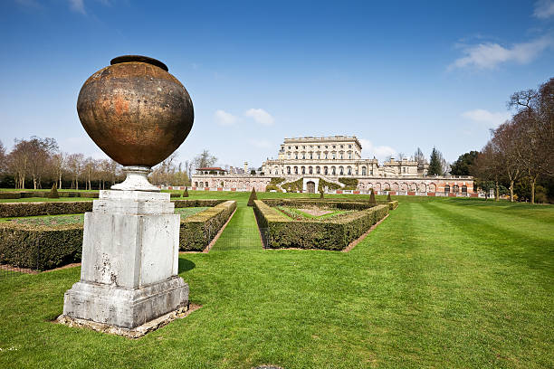 English Mansion and Urn  buckinghamshire stock pictures, royalty-free photos & images