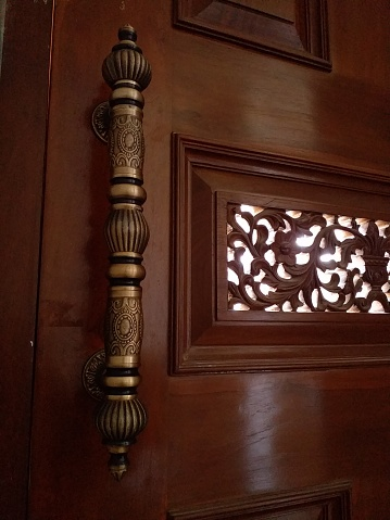 Engraving entrance door