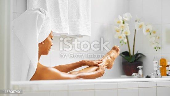 1059182922 istock photo Enjoying a bath 1177097401