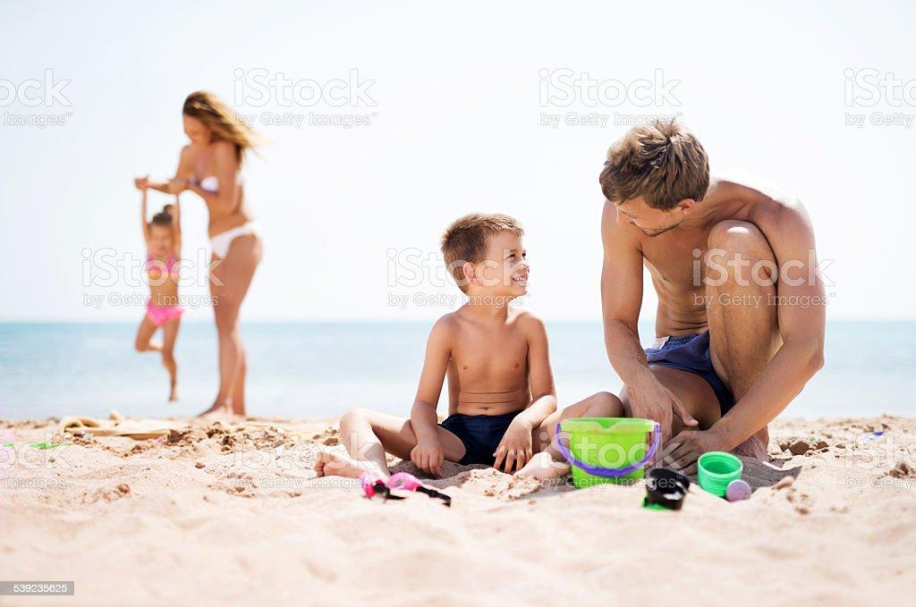 Disfrute de un día en la playa. foto de stock libre de derechos