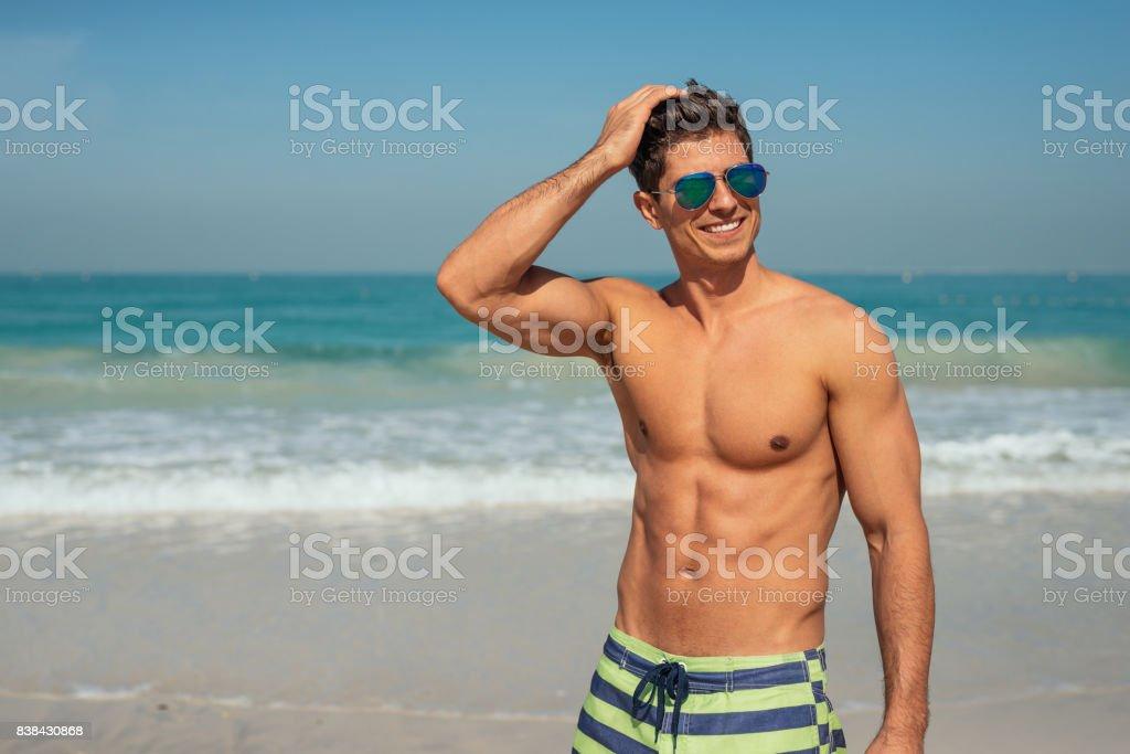 Enjoying beach day – zdjęcie