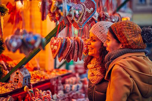 Weihnachtsmarkt Zu Genießen Stockfoto und mehr Bilder von Christkindlmarkt