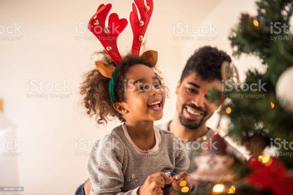 Weihnachtliche Stimmung zu genießen – Foto