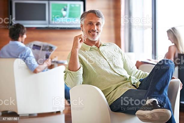 Enjoying his lunch break picture id471651861?b=1&k=6&m=471651861&s=612x612&h=vajwufuymlvh 5wkjislr409xo vsbbsgn2nt0vn nm=