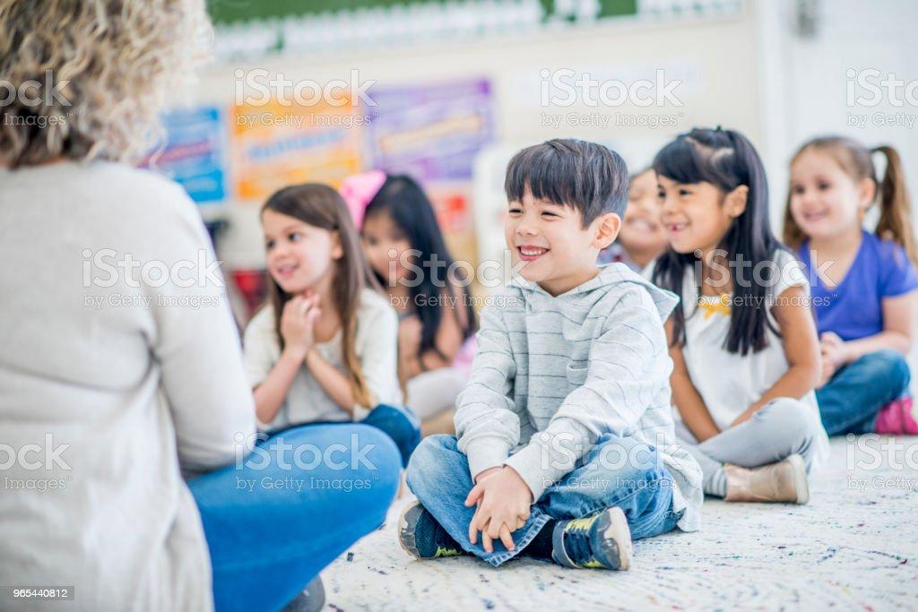 즐기는 Storytime - 로열티 프리 4-5세 스톡 사진