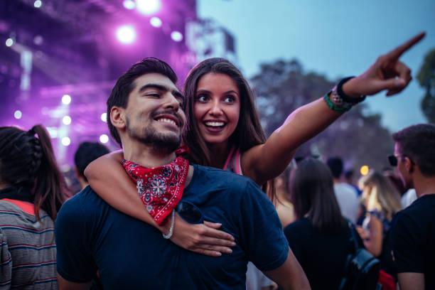 Genießen Sie die Festival-Atmosphäre – Foto