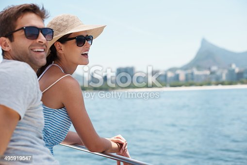 Shot of an attractive young couple enjoying a boat ride togetherhttp://195.154.178.81/DATA/i_collage/pi/shoots/783390.jpg