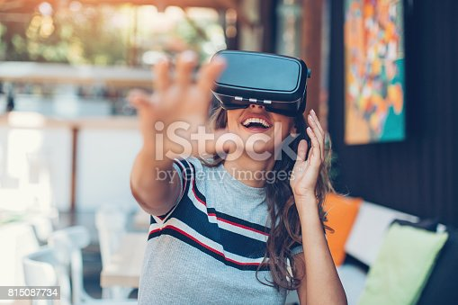 istock Enjoying virtual reality technology 815087734