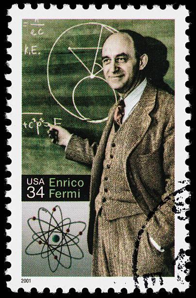usa enrico fermi briefmarke - berühmte physiker stock-fotos und bilder