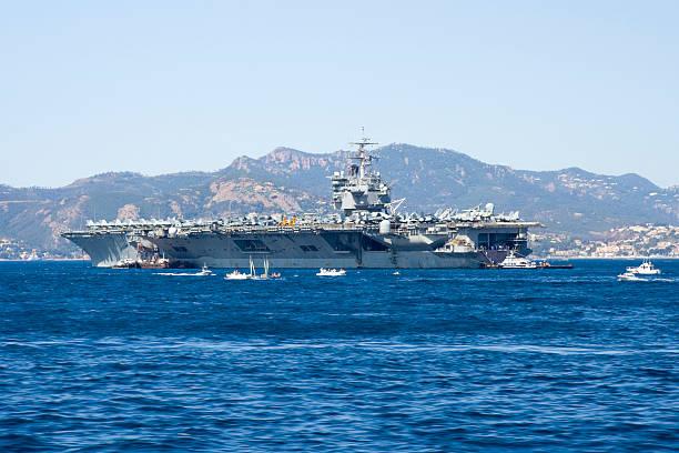uss enterprise-aircraft carrier - flugzeugträger stock-fotos und bilder