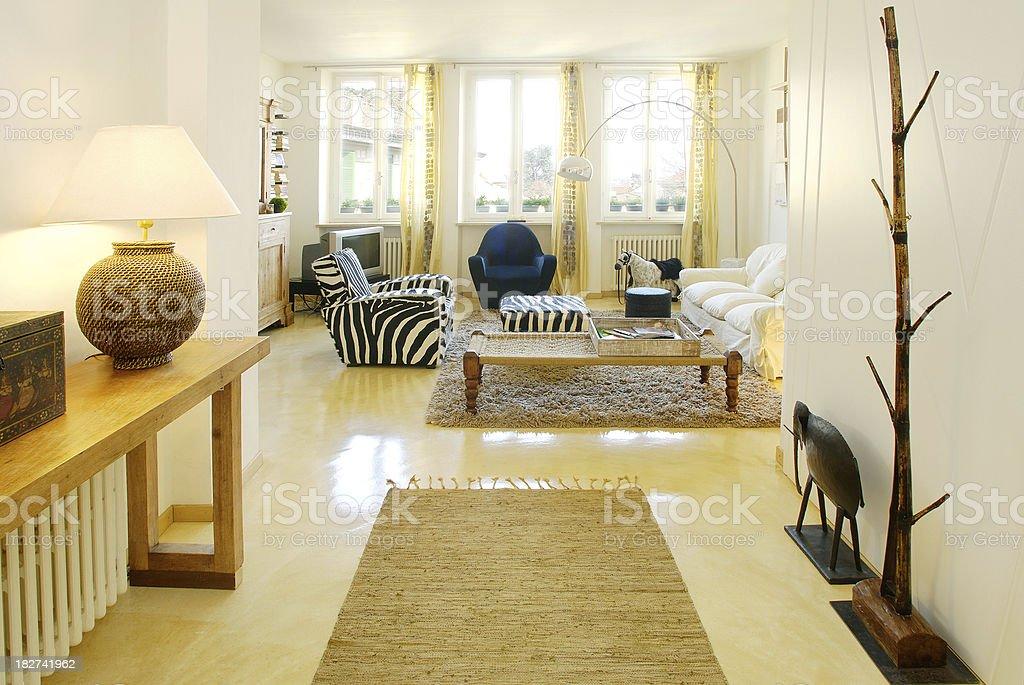 Ingresso Sala E Soggiorno In Una Casa Moderna Solare Fotografie
