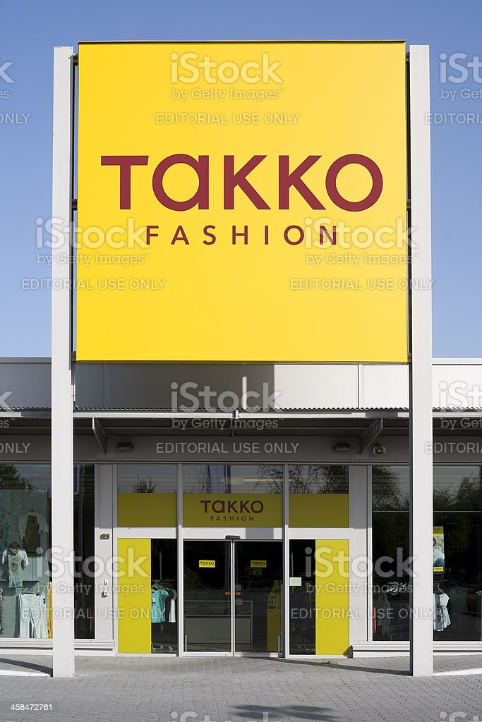 Eingang und logo des Takko Mode-discounter – Foto
