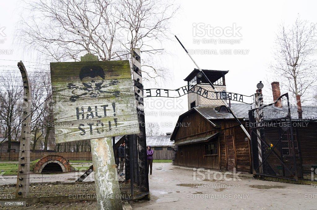 Eingang zum Auschwitz Konzentrationslager – Foto
