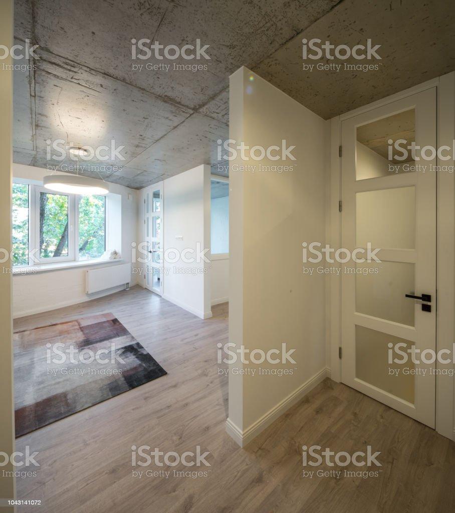 Hall D Entrée Moderne photo libre de droit de hall dentrée et couloir dans un