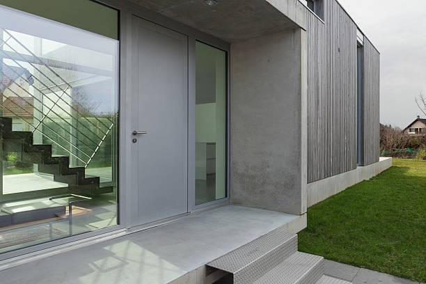 Entrée de maison moderne - Photo