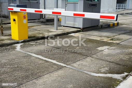 858738110 istock photo Entrance of the garage 866616472