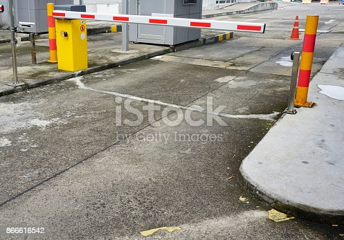 858738110 istock photo Entrance of the garage 866616542