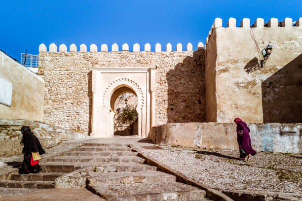 ingången till kasbah - kasbah bildbanksfoton och bilder