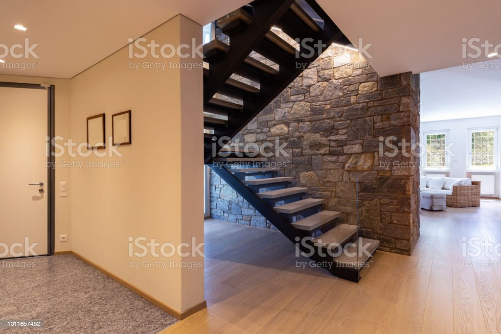 Entry with stone stairs, luxurious entrance. Nobody inside