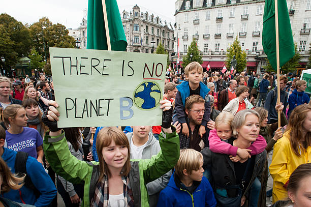 environmental bewegung - klimawandel stock-fotos und bilder