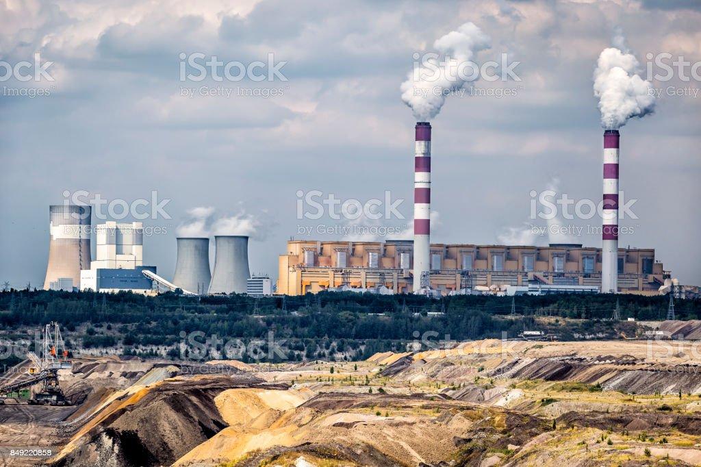 Environmental degradation in coal-fired power station in Belchatow, Poland Environmental degradation in coal-fired power station in Belchatow, Poland Building Exterior Stock Photo