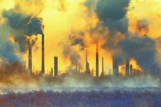 polución medioambiental - contaminación ambiental fotografías e imágenes de stock