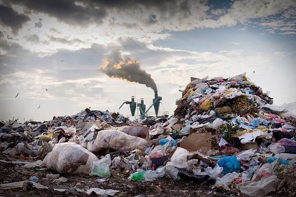 les problèmes environnementaux - détritus photos et images de collection