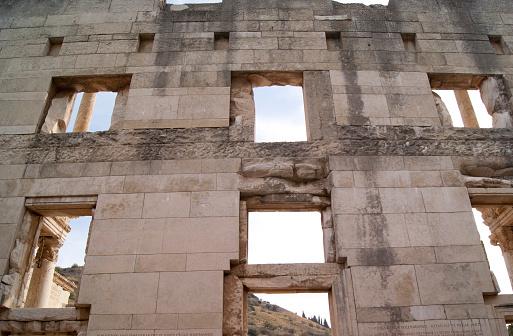 istock Ephesus library 474958754