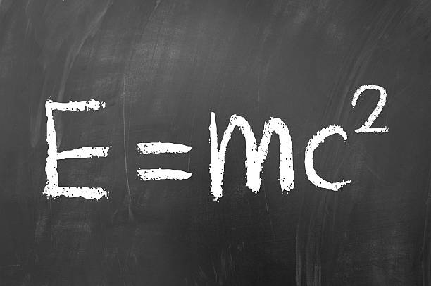 e iguales mc al cuadrado - e=mc2 fotografías e imágenes de stock