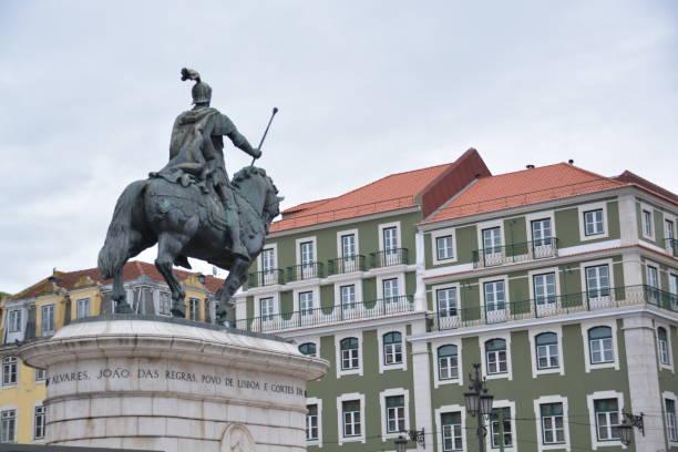 Escultura ecuestre en Portugal - foto de stock