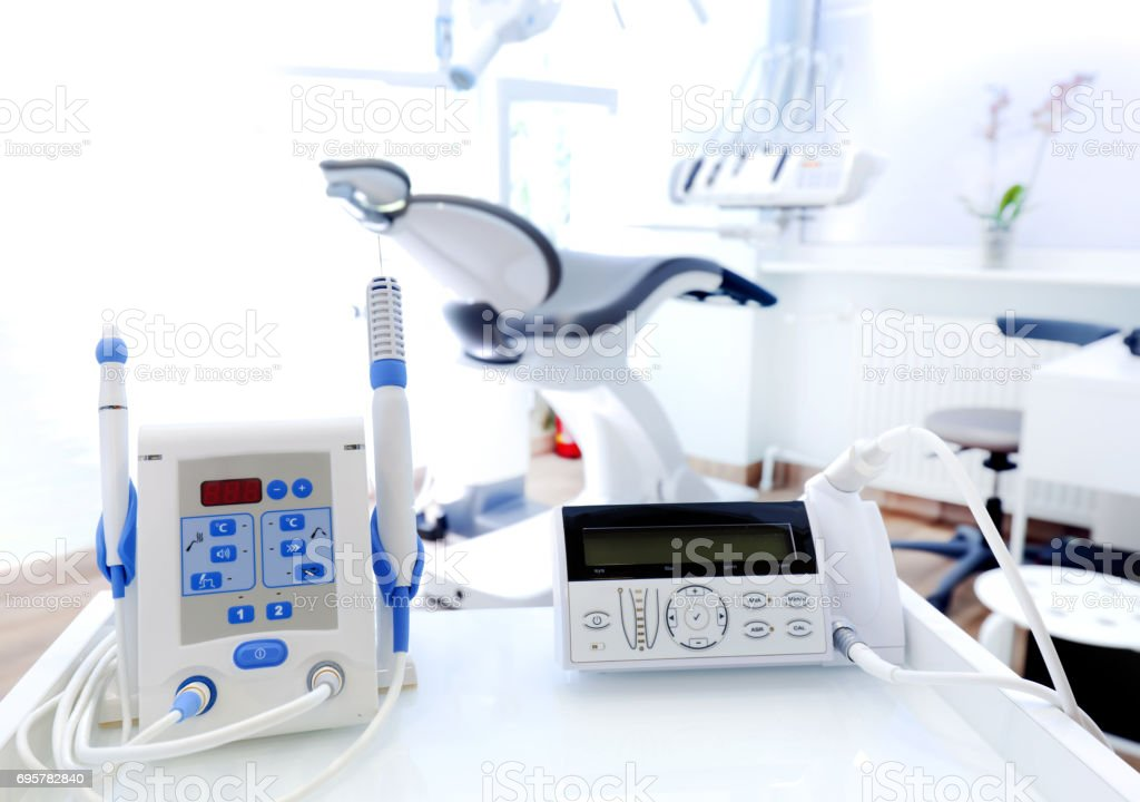 Geräte und Dentale Instrumente in Zahnarztpraxis. Zahnmedizin - Lizenzfrei Accessoires Stock-Foto