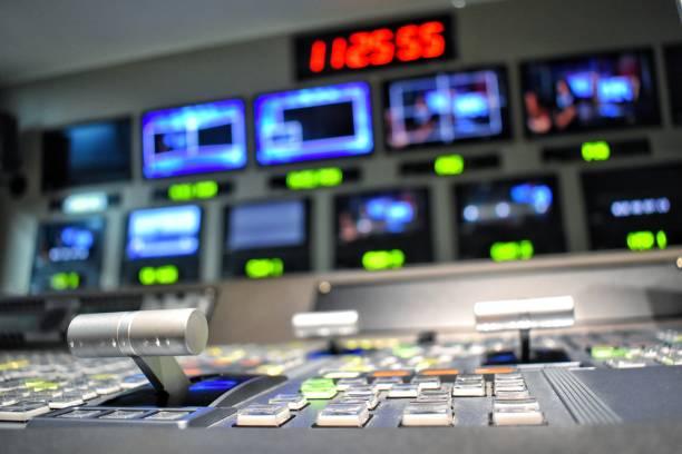電視製作控制室的設備。 - 廣播 個照片及圖片檔