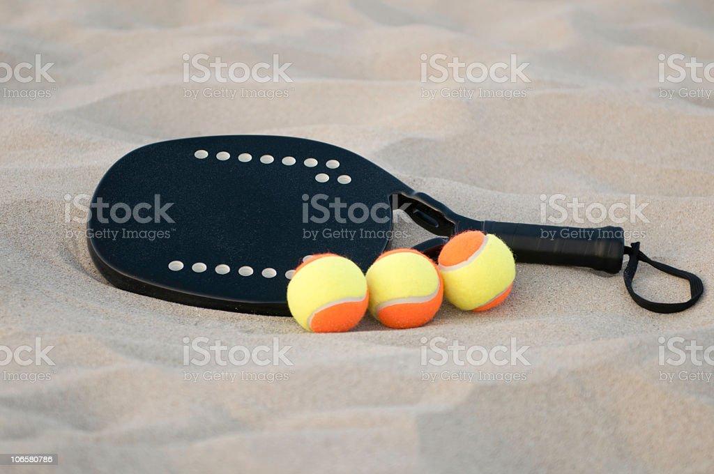 Attrezzature di spiaggia di tennis - foto stock